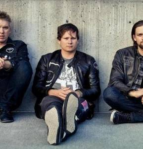 "Angels & Airwaves to release ""LOVE Part Two"" Nov. 11"